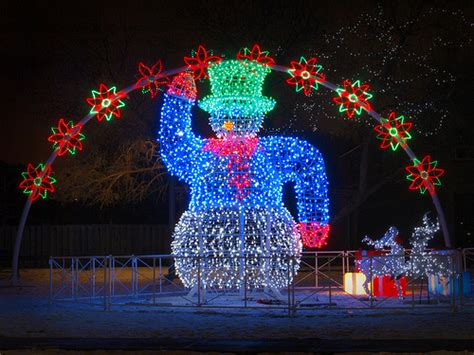 best place to buy led christmas lights 5 fun and free places to visit during christmas pt money
