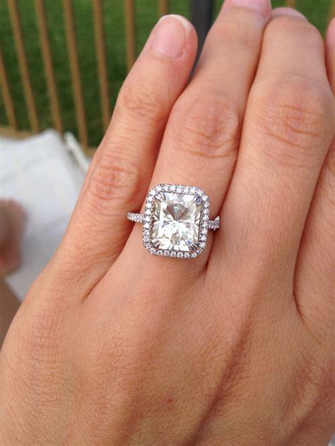 Samnsue. 2.4 Carat Wedding Rings. Wrist Rings. Goldan Engagement Rings. $50000 Wedding Rings. Worn Celebrity Engagement Rings. Wedin Wedding Rings. Marrage Wedding Rings. Rectangle Shaped Rings