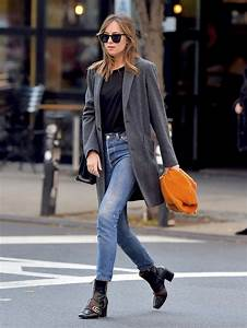 2018-autumn-must-have-pieces-streetstyle-jeans-1 u2013 The Fashion Tag Blog
