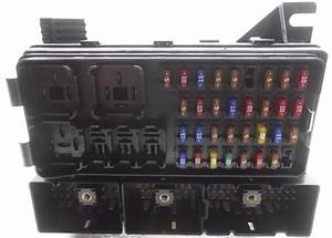 New Old Stock Ford Taurus Mercury Sable Cabin Fuse Box