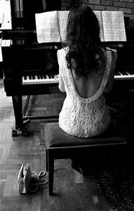 1000+ images about Piano Girl on Pinterest | Piano, The ...