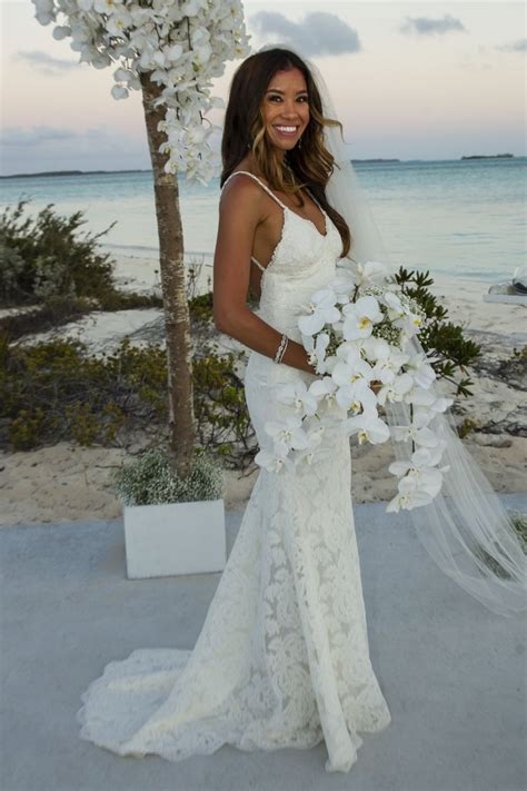hawaiian wedding dresses ideas  pinterest