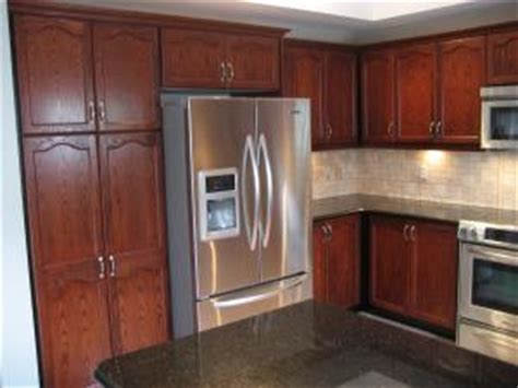 how to refinish wood kitchen cabinets tony dina cannella kitchen refinishing whitby gentle 8859