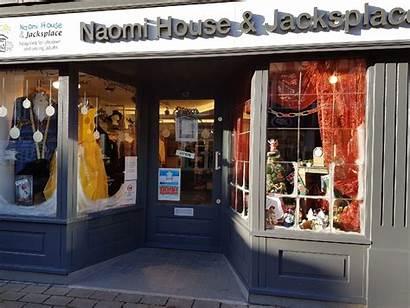 Charity Newbury Naomi Wins Award Dressed Window