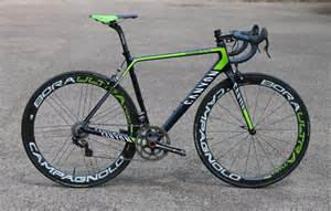 Canyon Road Bike Ultimate