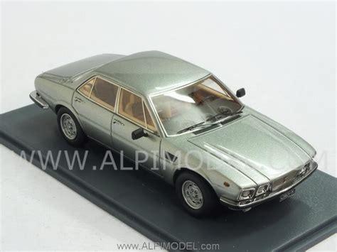 neo De Tomaso Deauville 1978 (Silver) (1/43 scale model)