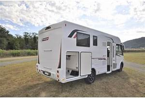 Camping Car Grand Luxe : location camping car int gral luxe hertz camping cars ~ Medecine-chirurgie-esthetiques.com Avis de Voitures