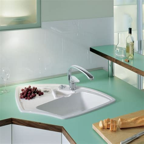 corner kitchen sink ideas das sp 252 lbecken in der modernen k 252 che trendomat 5851