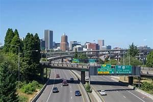 File:Portland, Oregon skyline from the Ross Island Bridge ...