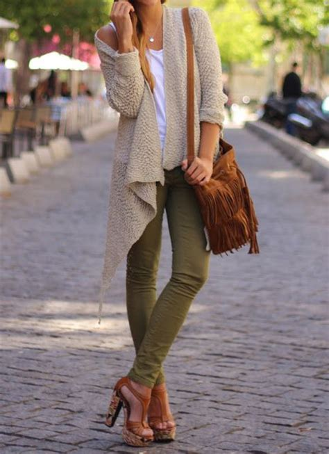 Olive Green Pants Outfit Ideas