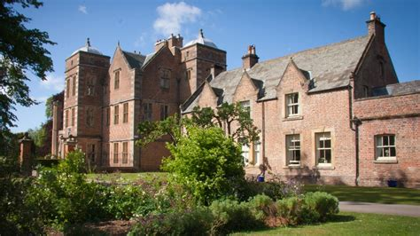Kiplin Hall - Places to go | Lets Go With The Children