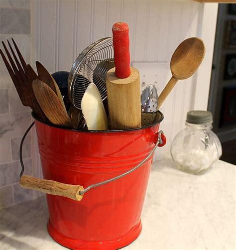 green kitchen utensil holder 25 best ideas about kitchen utensil holder on 4032