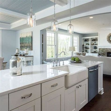 choose   white quartz  kitchen countertops  lovely