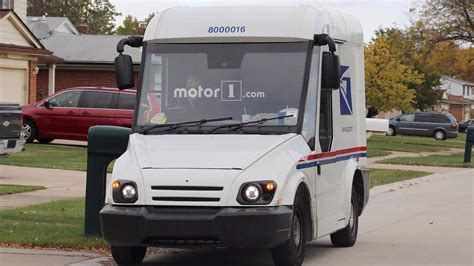 Am General Mail Truck by Am General S Entry For Next Mail Carrier Spied Testing