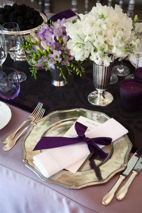 lilac tablecloth  plum table runnernapkins champagne