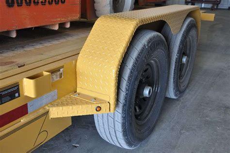 diamond c 45hdt low boy tilt trailer