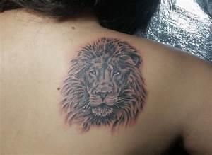 Frauen Rücken Tattoo : l wen sternzeichen tattoos ~ Frokenaadalensverden.com Haus und Dekorationen