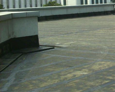 renovasi perbaikan kebocoran atap dak beton  atap