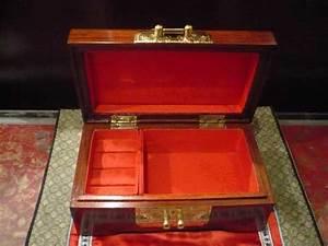 Coffre à Bijoux Bois : coffre aux merveilles d 39 asie ~ Premium-room.com Idées de Décoration