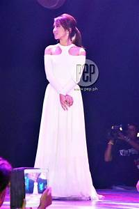 Daniel Padilla kisses Kathryn Bernardo at his DOS concert ...