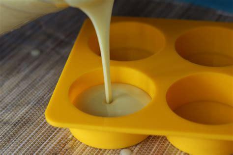 huile de coco en cuisine fabrication de savon en 6 é de coop coco