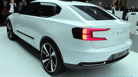 2018 Volvo S40 by 2018 Volvo S40