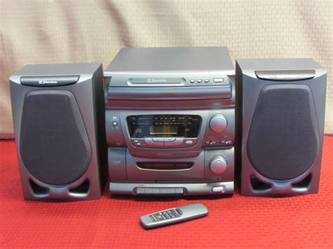Emerson Compact Stereo With 3 Disc Changer