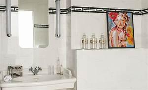 Tableau Pour Salle De Bain : un tableau pour la salle de bain amylee ~ Dallasstarsshop.com Idées de Décoration