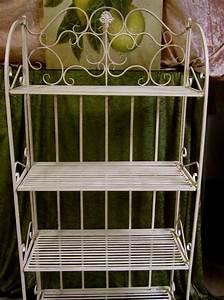 Regal Balkon Wetterfest : regal standregal aus schmiedeeisen f rs bad oder den balkon mit 4 ablagen ebay ~ Whattoseeinmadrid.com Haus und Dekorationen