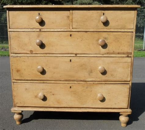 pine chest of drawers large pine chest of drawers 300806