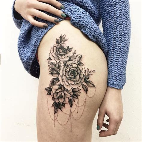 Floral Tattoo Artists Who Capture The Diverse Beauty Of Blooms