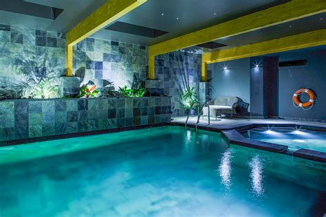 indoor swimming pools clear water revival