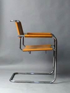 Thonet Freischwinger Leder : thonet s34 mart stam freischwinger stuhl sessel leder art ~ Watch28wear.com Haus und Dekorationen