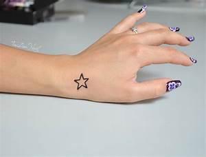 Tatouage Femme Poignet : tatouage poignet femme etoile mod les et exemples ~ Melissatoandfro.com Idées de Décoration