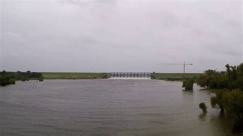 While away the hours as you fish for crappie and catfish from your boat or the bank. Lake Livingston Dam - YouTube