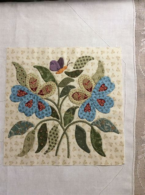patchwork applique patterns fabric flower on quilt see my lots of flower templates
