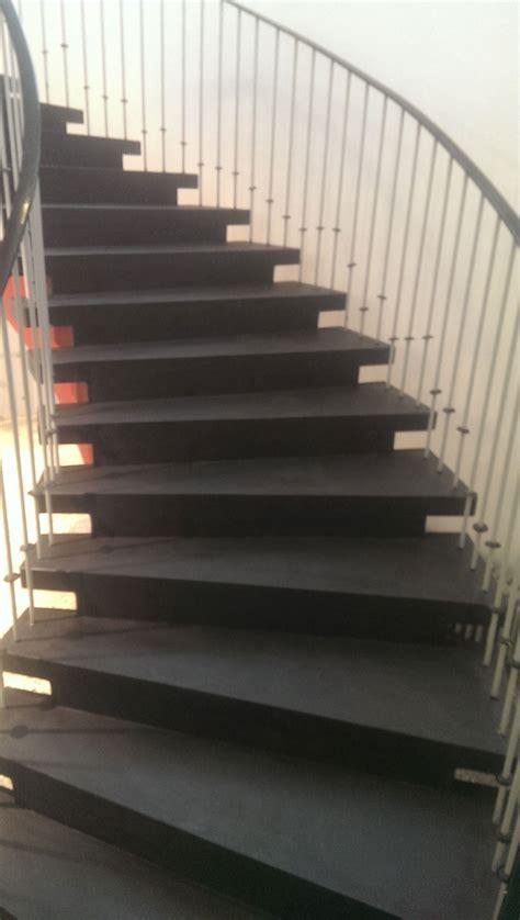 steinteppich treppe außen beton optik als wand und bodenbelag steinteppich in nrw