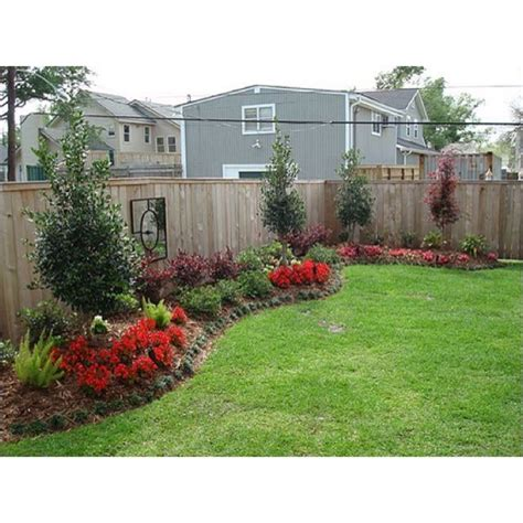 landscaping for a small backyard simple backyard landscape design best 25 landscaping along fence gogo papa