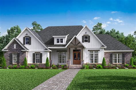 open concept  bed craftsman home plan  bonus  garage hz architectural designs