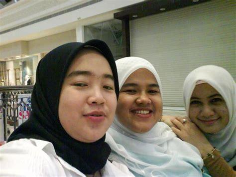 Lagi viral video gisel, jdi penasaran, yg punya kirim di dm dong. Pilihan Pakaian, Hijab dan Style Cantik Untuk Muslimah ...