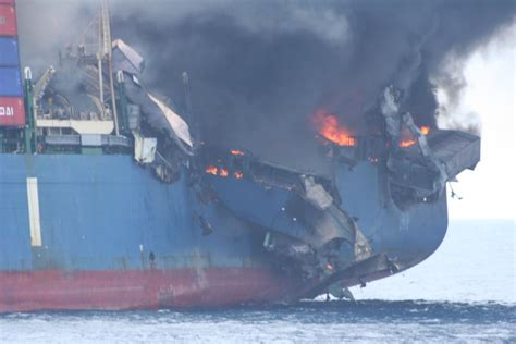 Ship Accident by Funny Picture Clip Funny Accident Photos Plane