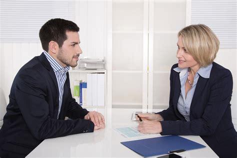 entretien d embauche cadre 15 signes que votre entretien d embauche se passe tr 232 s mal