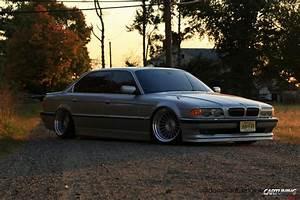 Stanced BMW 740iL E38