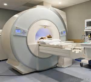 cat scan machine what does a ct scan technologist do with pictures