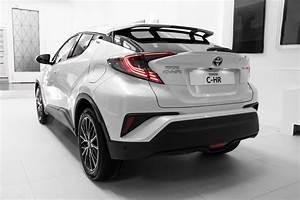 Toyota Chr Noir : toyota c hr 2016 page 2 auto titre ~ Medecine-chirurgie-esthetiques.com Avis de Voitures