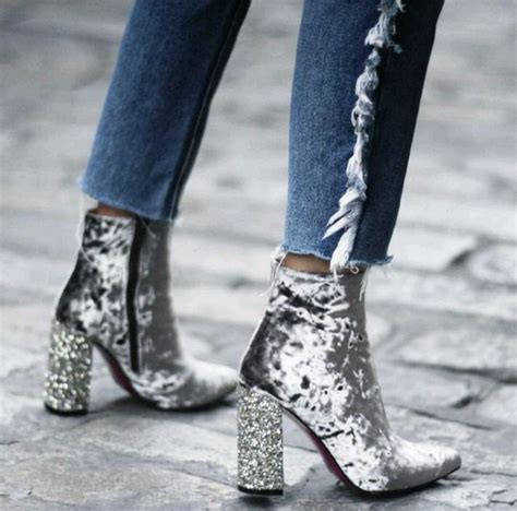 Best 25+ Silver ankle boots ideas on Pinterest | Silver boots Celebrity style dresses and ...