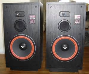 Used Cerwin Vega Floor Speakers by Pair Of Black Cerwin Vega Re 30 Series Floorstanding