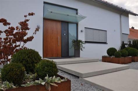 Hauseingang Modern Gestalten  Nowaday Garden