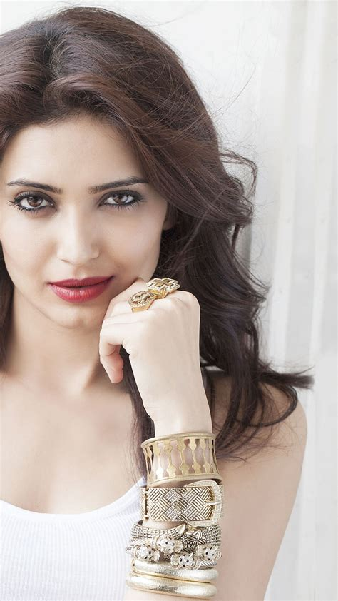 wallpaper karishma tanna bollywood hd  celebrities