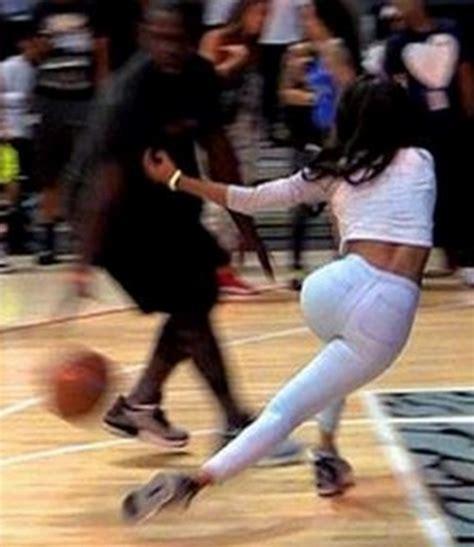 Teyana Taylor Meme - teyana taylor getting her ankles broke on the basketball court her cakez still look good thou